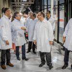 Inauguração na Coca Cola – Setor empresarial continua acreditando em Mato Grosso, afirma Mauro Mendes